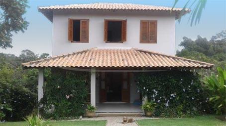 Linda Casa Em Bairro Arborizado