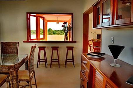 Bela Casa de 4 Quartos com Vista Para  a Floresta