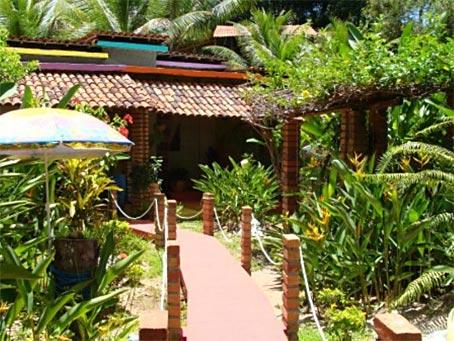 Casa de Dois Quartos Com Possibilidade de Expansão Próxima à Praia