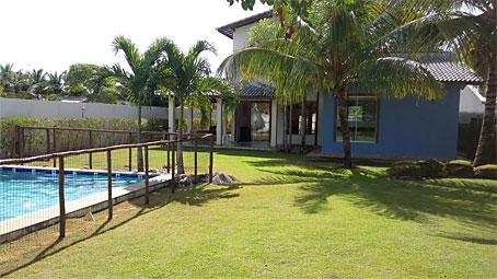 Casa Com Cinco Quartos Totalmente Mobiliada Próxima à Praia da Espera