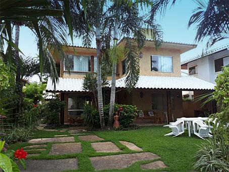 Casa de 5 Quartos em Condomínio Premium de Frente para o Mar