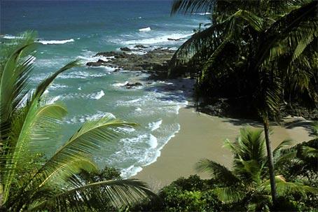 Terreno Frente ao Mar Adequado para Grandes Projetos