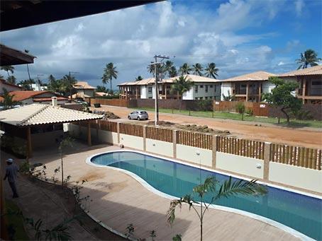 Apartamento de Dois Quartos Próximo à Praia de Espera