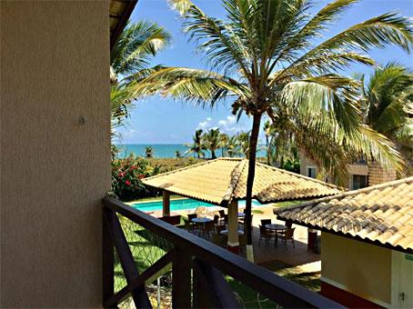 Lindo Apartamento de 2 Quartos em um Condomínio à Beira-mar