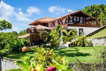 Bela Casa de Três Quartos com Vista do Mar