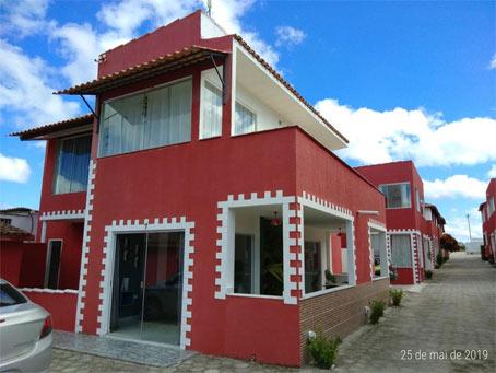 Apartamento de 2 Quartos com Vista para o Mar Próximo à Praia de Taperapuã