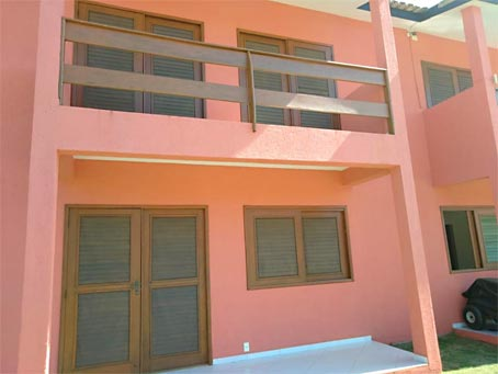 Apartamento Duplex de 2 Quartos em Condomínio Fechado