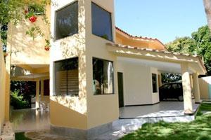 Porto Seguro House