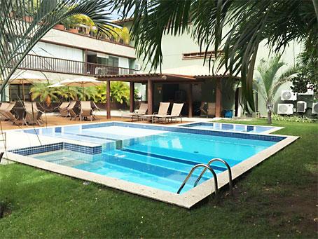 Confortável Apartamento de Um Quarto Próximo à Praia