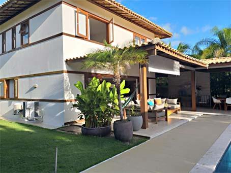 Casa de 4 Quartos em Condomínio Premium