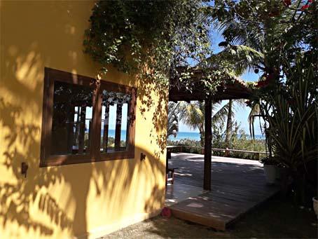 Charmosa Casa de 3 Quartos com Vista Panorâmica do Mar
