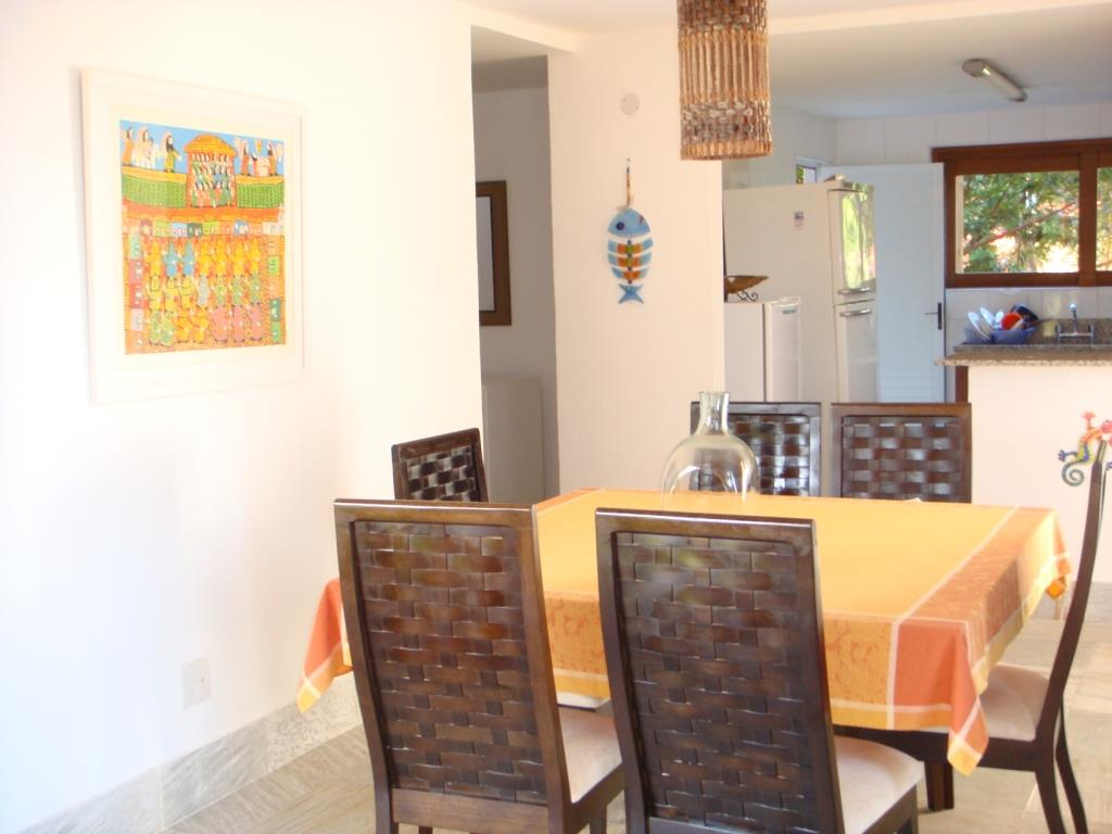 Belíssima Casa Em Condomínio De Luxo 8