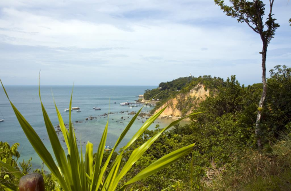 About Cliff Property With Awesome Views Of The Sea 1