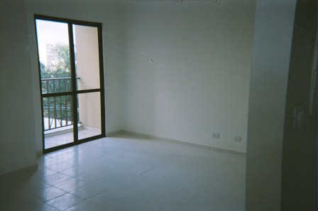 3 Bedrooms spring across North Shopping Salvador 10