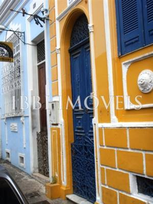 Property in Old Town overlooking the Baía de Todos os Santos