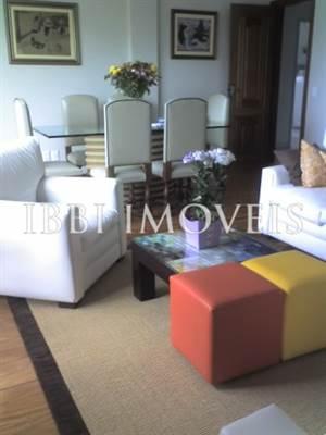 Spazioso appartamento 4/4 01 suite su Grazia