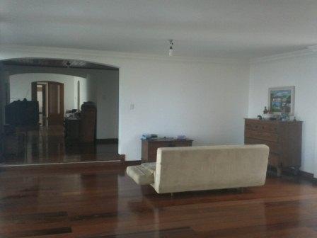 Excelente apartamento de 4 quartos no Morro do Gato 10