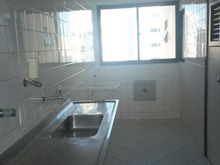 Apartamento 3 quartos com ótima localização 4