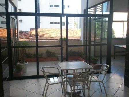 Apartamento 3 quartos com ótima localização 9