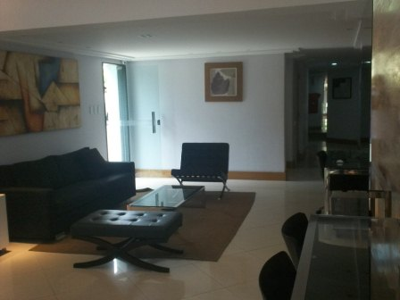 Apartment living room and Jardim Armacao 10