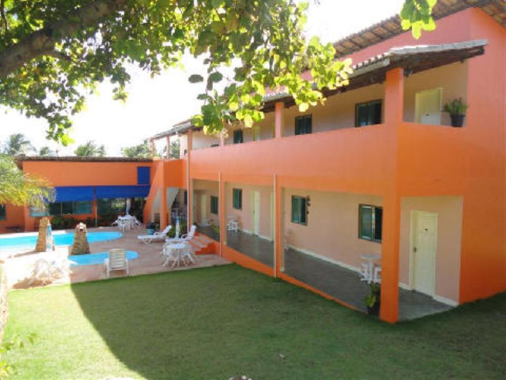 Linda Inn Pool 1
