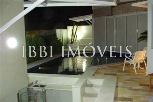Hermosa casa de 3 suites en Guarajuba 6