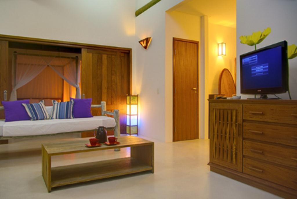 Casa Em Condominio Super Luxo 4