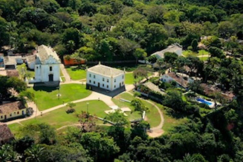Dos Casas coloniales en el centro histórico de Porto Seguro 1