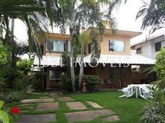 5 Suites Costa Esmeralda 1