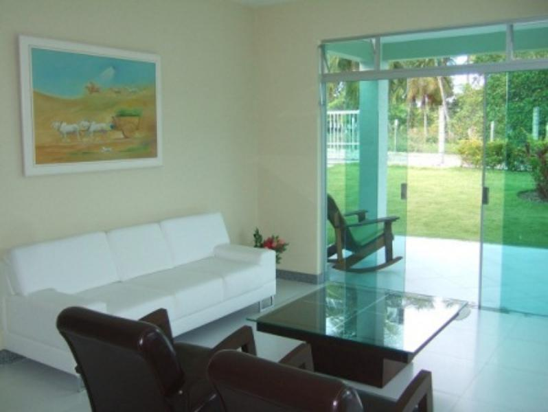 3 bedroom House in Busca Vida 5