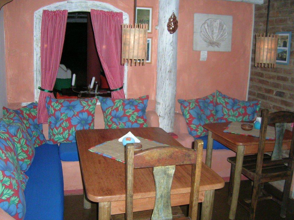 Lindo Restaurante Totalmente Equipado À Venda Em  3
