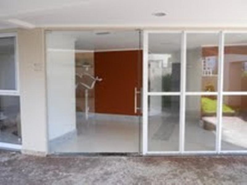 2 bedrooms 1 bathroom in Alphaville Paralela 2