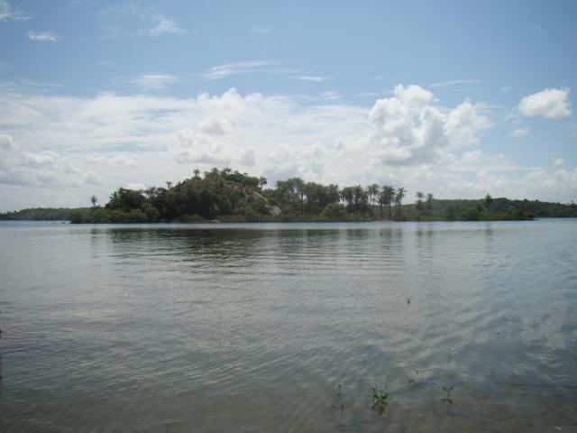 Isla tropical ubicado en Camamú 3