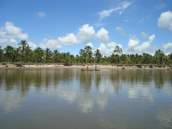 La tierra en la paradisíaca isla 1