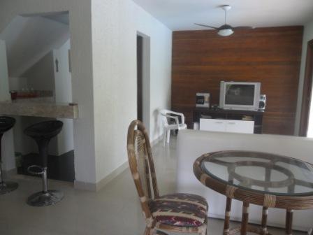 House 4 Rooms in Condominium 4