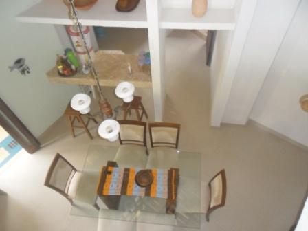 House 4 Rooms in Condominium 5