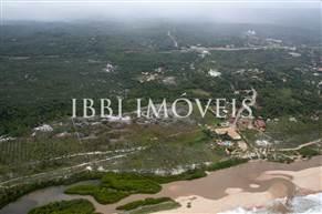Ampla Área Beira Mar