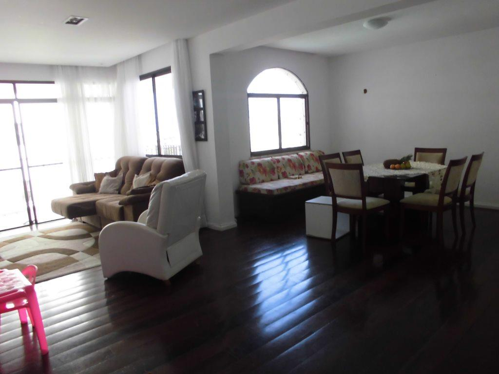 Amplo Apartamento 4