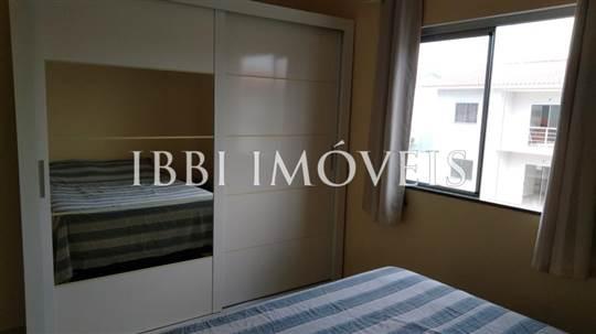 Apartamento 2 Qts Em Condomínio Com Piscina 5