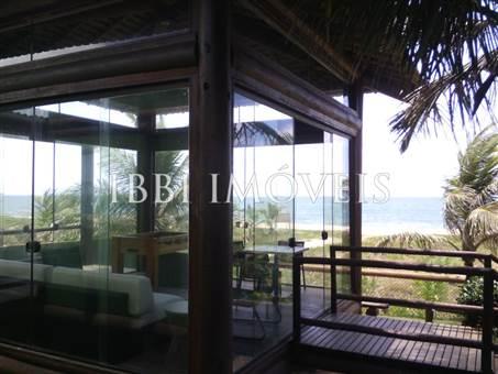 Apartamento con 2 baños en Ocean Front Condo 10
