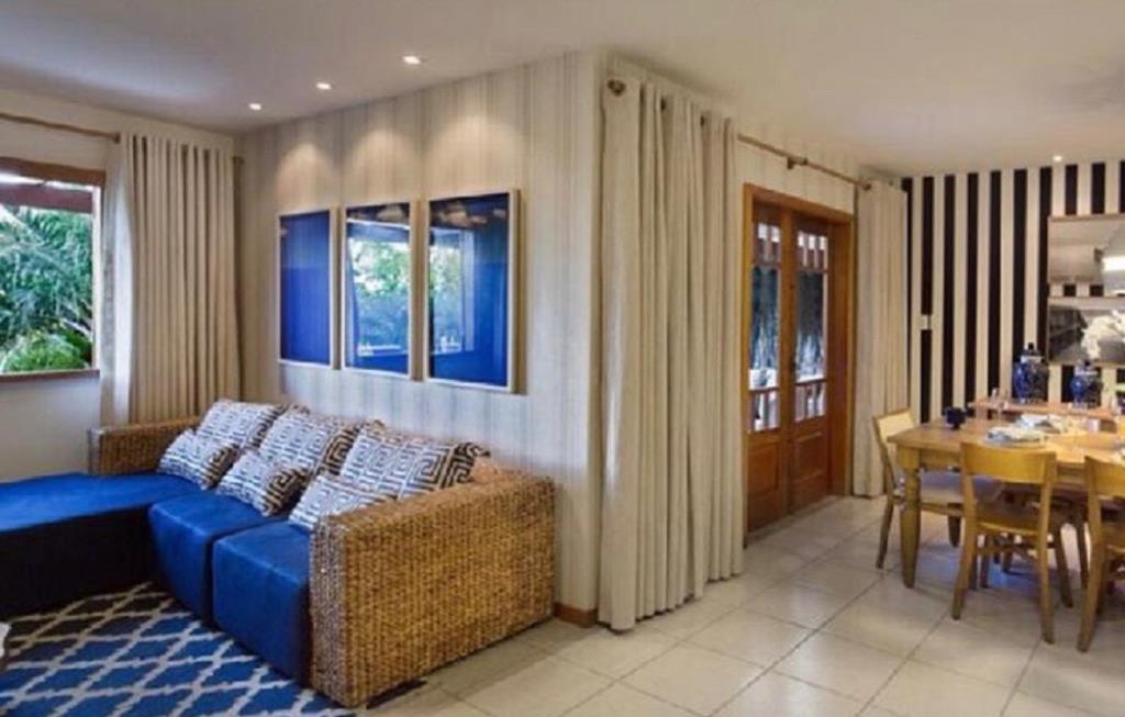 Appartamento con 3 appartamenti e balcone 5
