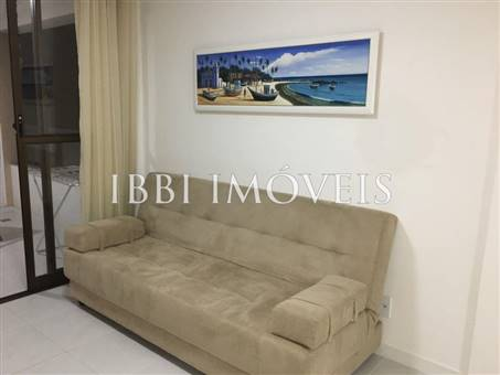 Apartment With Good Location 6