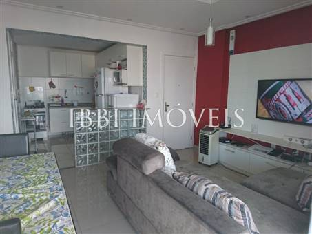 Apartment With Great Location 9