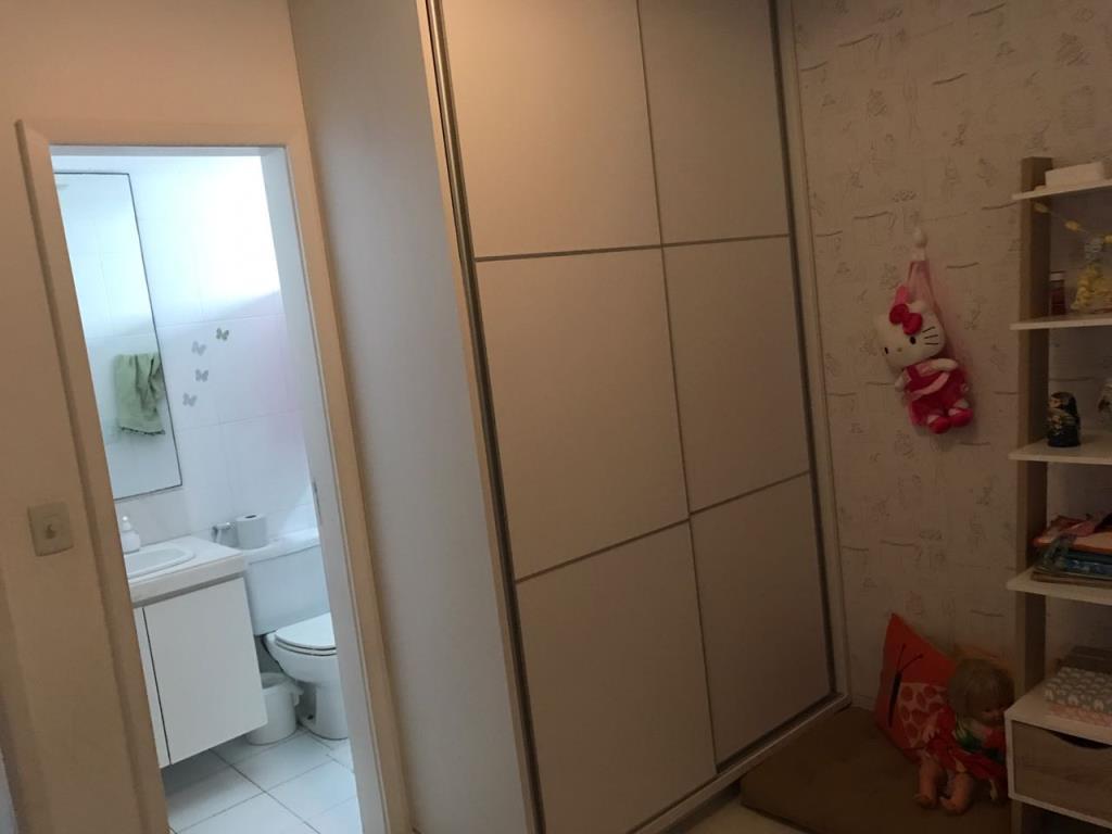 Apartamento Com Ótima Localização 3