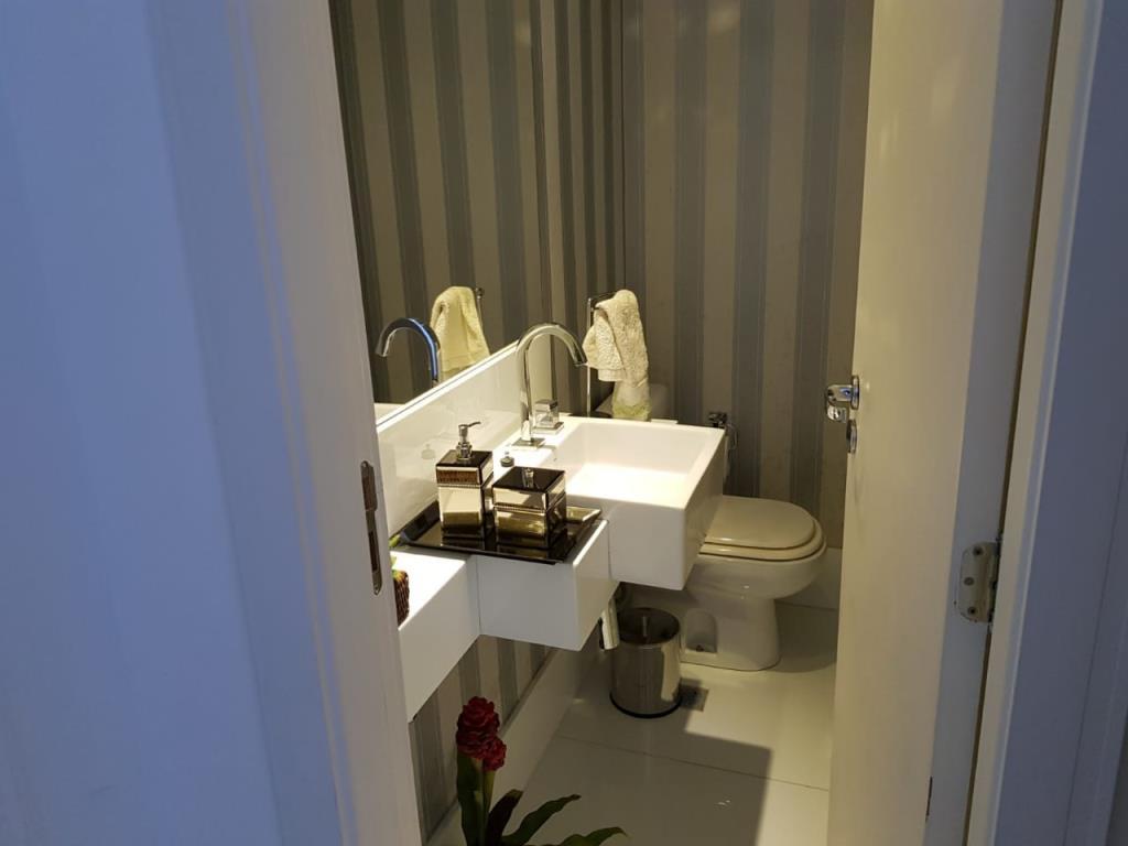 Apartamento De Luxo Bem Localizado  9