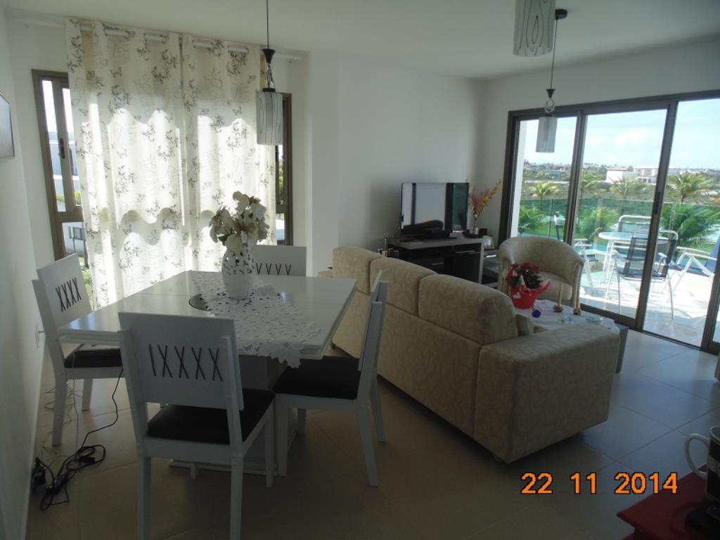 Apartamento Em Resort Em  8