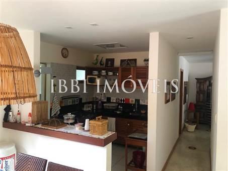 Large Apartment In Condominium For Sale 1