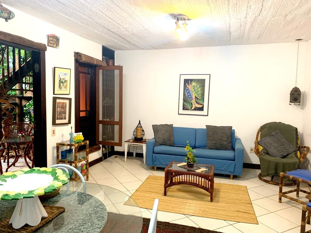 Apartment Located Near The Village. 4