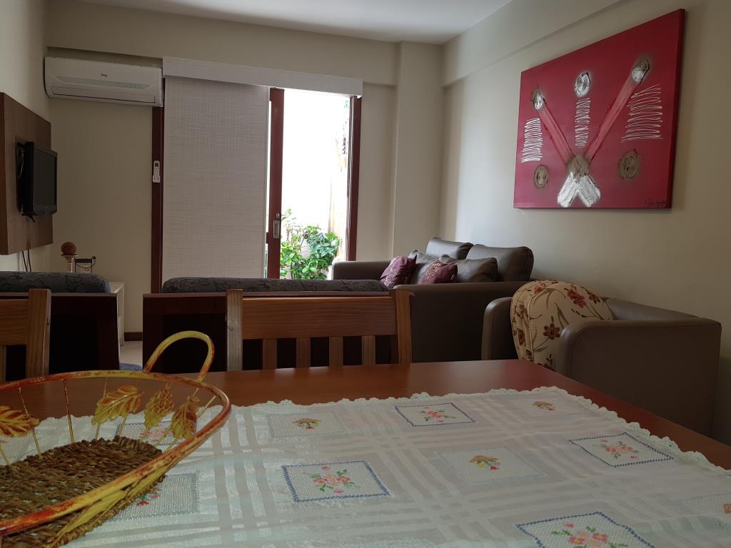 Apartamento situado cerca Da Vila 8