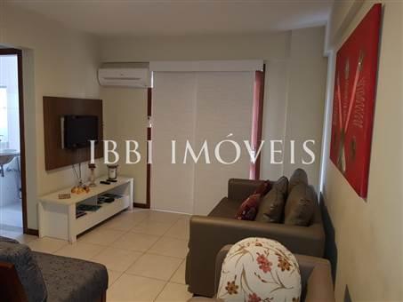 Apartamento situado cerca Da Vila 13